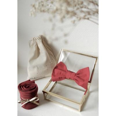 Kit San Francisco chaussettes bien-être rouges + noeud papillon assorti