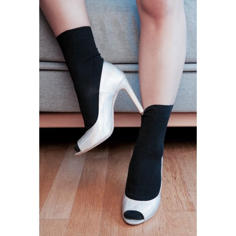 Saimaa, chaussettes coton noires pieds sensibles
