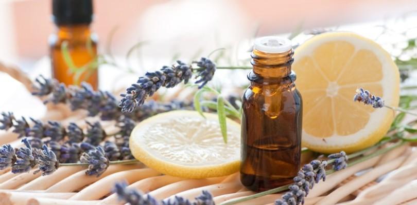Conseils jambes légères : nos huiles essentielles pour garder les gambettes légères