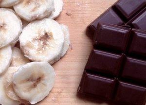 smoothie avocat banane chocolat et lait d'amandes