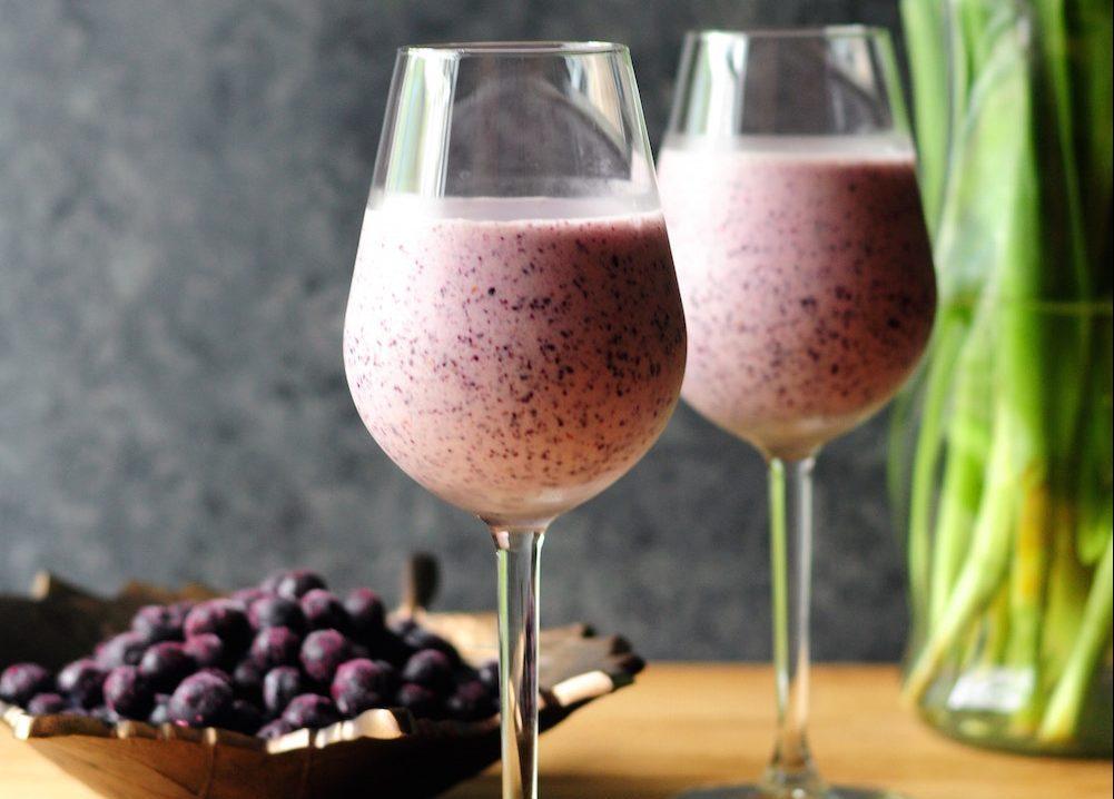smoothie blueberry banane le petit d jeuner vitamin. Black Bedroom Furniture Sets. Home Design Ideas