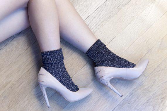 5 looks en chaussettes à paillettes à adopter de toute urgence