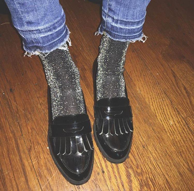 mocassins et chaussettes à paillettes en lurex