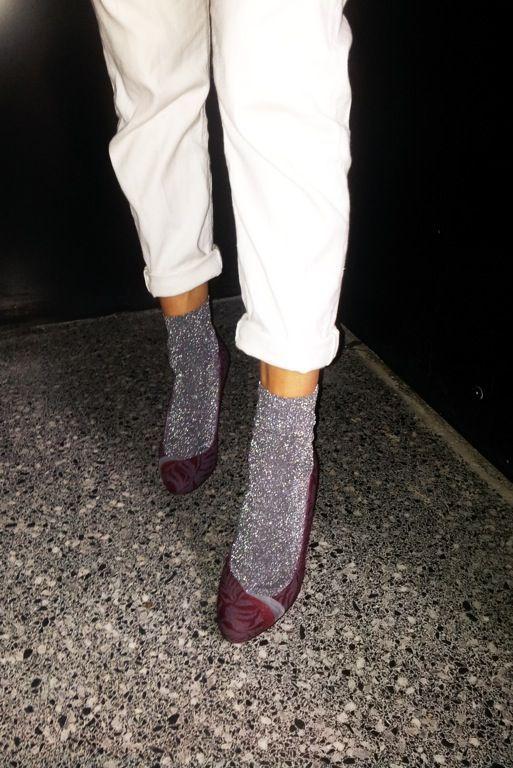 Chaussettes à paillettes et pantalon coupe 3/4 + escarpins