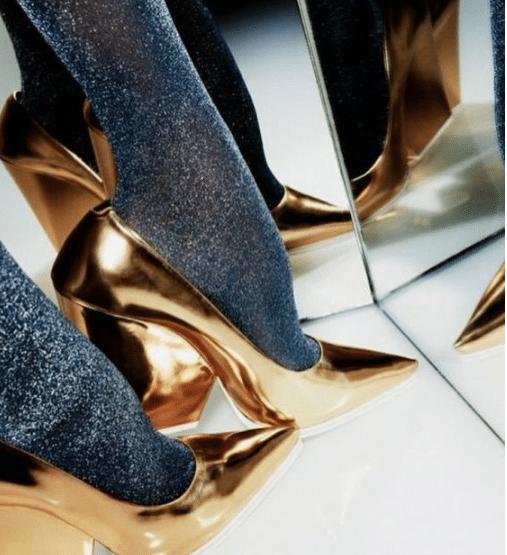 souliers dorés